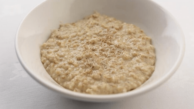 Can Dogs Eat Oatmeal - Is it Safe For Them?